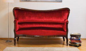 Geyer polstert Lieblingsstücke und antike Möbel neu auf
