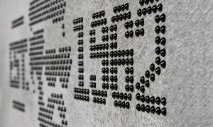 geyer kulmbach 1140x750px tapeten karat perlen logo detail